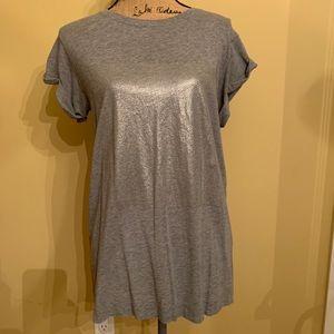 Lululemon T-shirt rolled sleeves metallic print